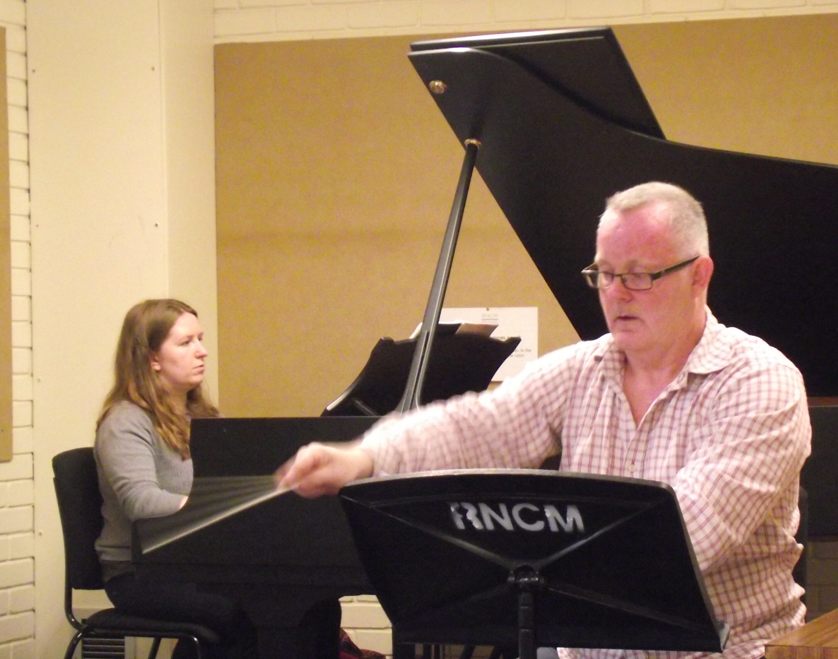 Conducting a rehearsal of 'Nepomuk'.